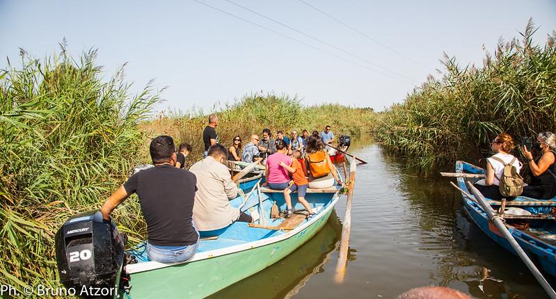 In barca nello stagno di Pauli Majori - Palmas Arborea